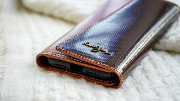 Adroit iPhone 11 Pro case