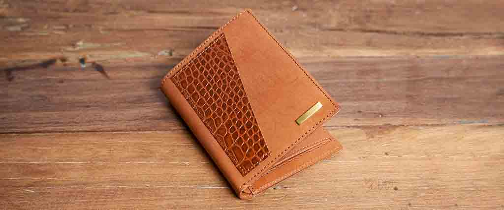 what is a cross wallet kaizer